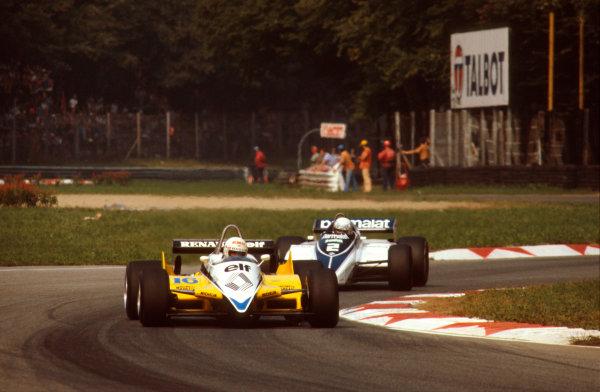 Monza, Italy.10-12 September 1982.Rene Arnoux (Renault RE30B) 1st position, followed by Riccardo Patrese (Brabham BT50 BMW).Ref-82 ITA 07.World Copyright - LAT Photographic