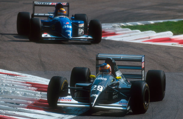 1993 Italian Grand Prix.Monza, Italy.10-12 September 1993.Karl Wendlinger (Sauber C12 Ilmor) 4th position followed by Mark Blundell.Ref-93 ITA 08.World Copyright - LAT Photographic