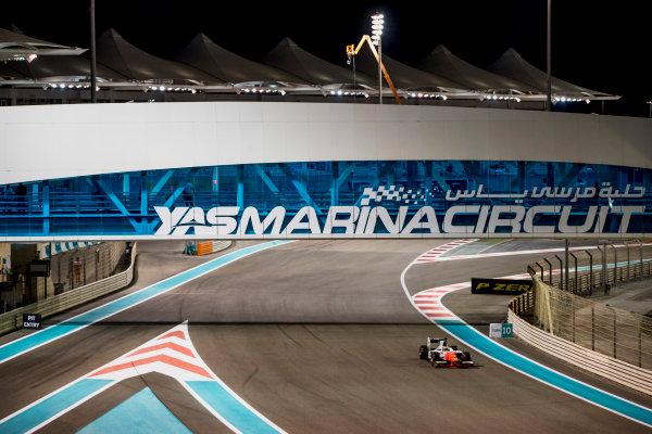 2017 FIA Formula 2 Round 11. Yas Marina Circuit, Abu Dhabi, United Arab Emirates. Friday 24 November 2017. Sergio Sette Camara (BRA, MP Motorsport).  Photo: Zak Mauger/FIA Formula 2. ref: Digital Image _56I1027