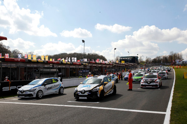 2017 Renault Clio Cup Brands Hatch, 1st-2nd April 2017 Clio Cup Grid  World Copyright. JEP/LAT Images