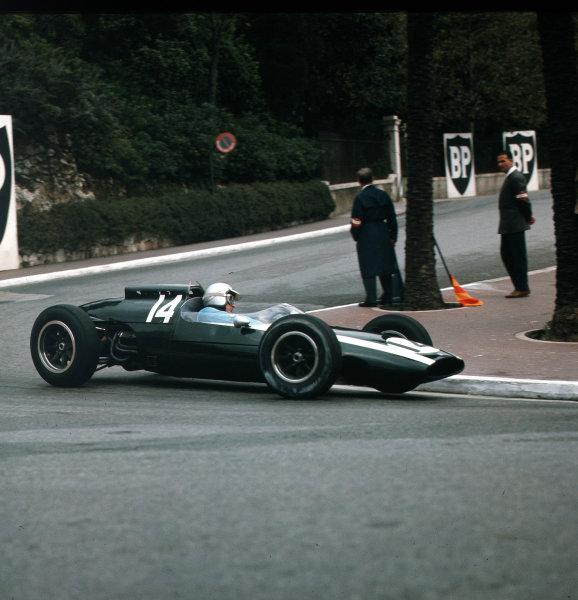 Monte Carlo, Monaco.31/5-3/6 1962.Bruce McLaren (Cooper T60 Climax) 1st position.Ref-3/0514.World Copyright - LAT Photographic