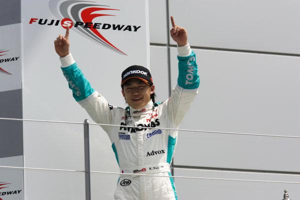 2010 Japanese Formula Three Championship Round 5 & 6 - Fuji Speedway.  12th - 13th June 2010.  Rd.5 Winner Yuji Kunimoto ( #1 PETRONAS TEAM TOM'S ) podium. World Copyright: Yasushi Ishihara/LAT Photographic ref: Digital Image 2010JF3_R5_005