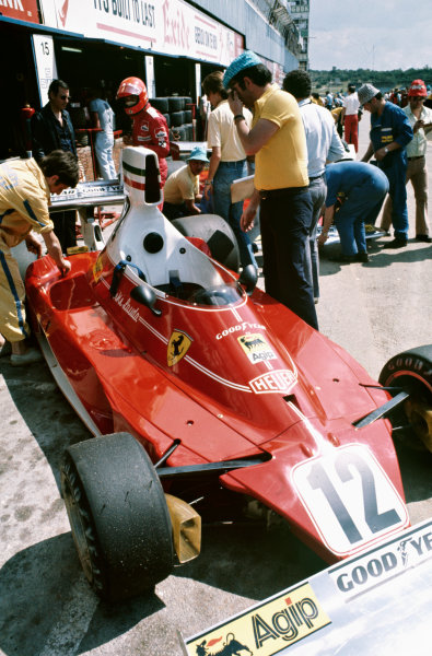 1975 South African Grand Prix  Kyalami, South Africa. 27th February - 1st March 1975.  Niki Lauda, Ferrari 312T.  Ref: 75SA06. World copyright: LAT Photographic