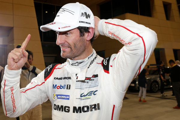 2015 FIA World Endurance Championship Bahrain 6-Hours Bahrain International Circuit, Bahrain Saturday 21 November 2015. Mark Webber (#17 LMP1 Porsche AG Porsche 919 Hybrid celebrates after winning the drivers championship. World Copyright: Alastair Staley/LAT Photographic ref: Digital Image _79P1335
