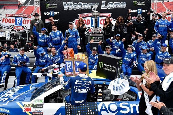 Monster Energy NASCAR Cup Series Food City 500 Bristol Motor Speedway, Bristol, TN USA Jimmie Johnson wins the Food City 500 World Copyright: Rusty Jarrett LAT Images ref: Digital Image 17BMS1rj_8439