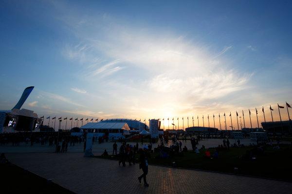 Sochi Autodrom, Sochi, Russia. Sunday 12 October 2014. The sun sets on the track. World Copyright: Charles Coates/LAT Photographic. ref: Digital Image _N7T7269