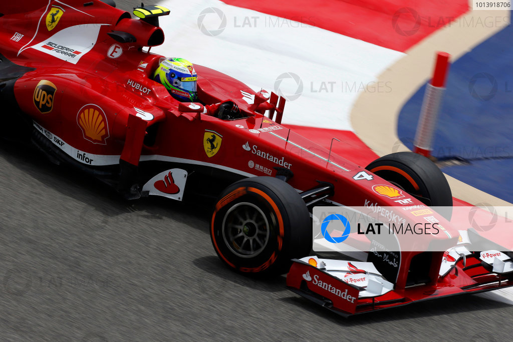 Bahrain International Circuit, Sakhir, Bahrain Friday 19th April 2013 Felipe Massa, Ferrari F138.  World Copyright: Charles Coates/LAT Photographic ref: Digital Image _N7T0269