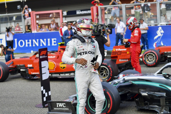 Lewis Hamilton, Mercedes AMG F1, climbs out of his car after Qualifying