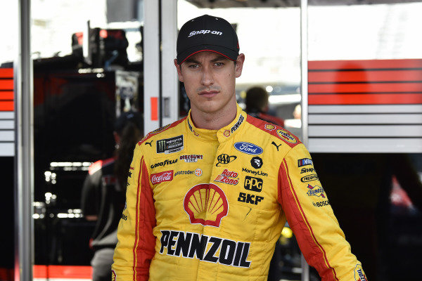 #12: Joey Logano, Team Penske, Ford Mustang Snap on