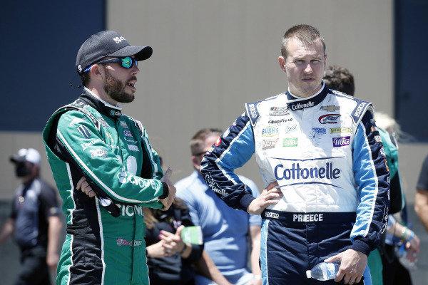 #37: Ryan Preece, JTG Daugherty Racing, Chevrolet Camaro Cottonelle and #42: Ross Chastain, Chip Ganassi Racing, Chevrolet Camaro Clover