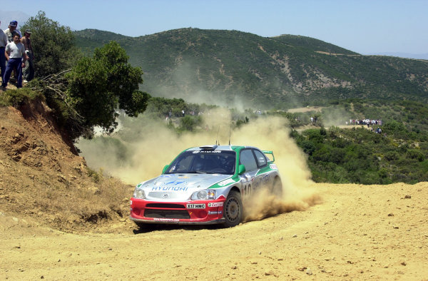 2001 World Rally Championship.Acropolis Rally June 14-17, 2001.Alister McRae limps through stage 9.Photo: Ralph Hardwick/LAT