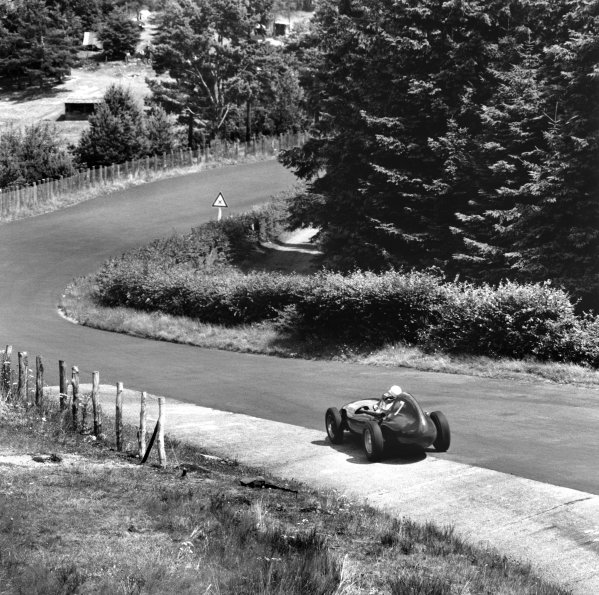 Nurburgring, Germany. 1st - 3rd August 1958.Stirling Moss (Vanwall), retired, action. World Copyright: LAT Photographic.Ref: 2322.
