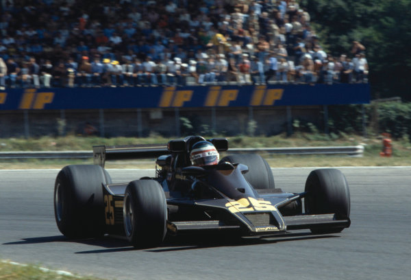 1978 Italian Grand PrixMonza , Italy. 8th - 10th September 1978Hector rebaque (Lotus 78 Cosworth), did not qualify.World Copyright: LAT Photographic