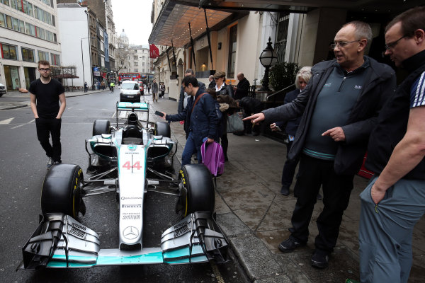 2015 British Racing Drivers Club Awards Grand Connaught Rooms, London Monday 7th December 2015 Lewis Hamilton's F1 Mercedes in the street outside the venue. World Copyright: Jakob Ebrey/LAT Photographic ref: Digital Image Mercedes-10