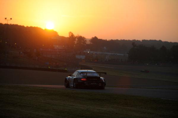 Circuit de La Sarthe, Le Mans, France. 13th - 17th June 2012. RacePaul Daniels/Markus Palttala/Joel Camathias, JWA-AVILA, No 55 Porsche 911 RSR (997). Photo: Jeff Bloxham/LAT Photographic. ref: Digital Image DSC_4609