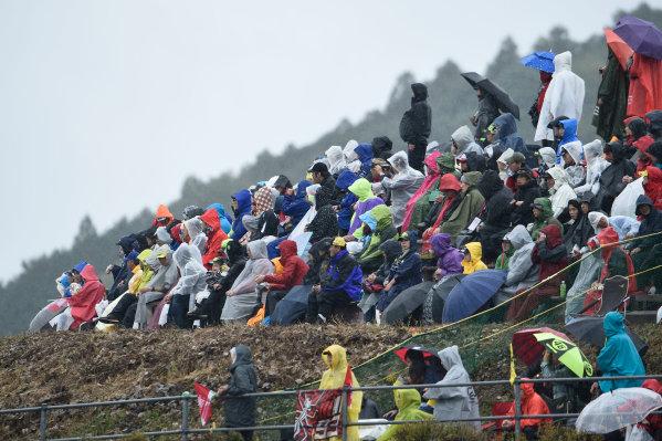 2017 Moto3 Championship - Round 15 Motegi, Japan. Sunday 15 October 2017 Crowds World Copyright: Gold and Goose / LAT Images ref: Digital Image 22614