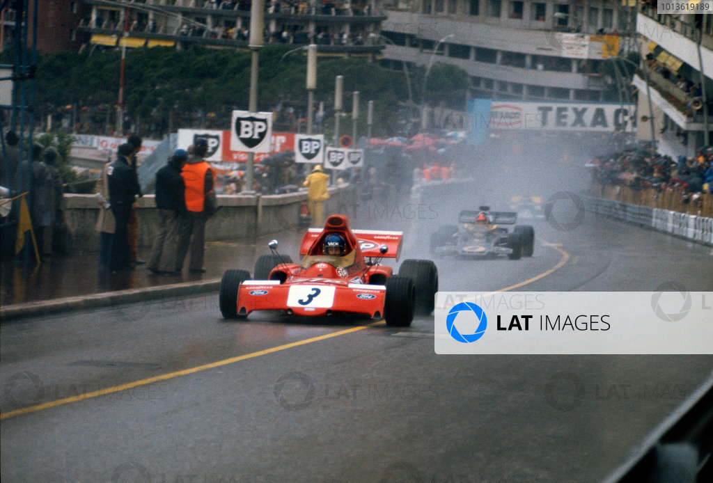 Monte Carlo, Monaco. 11-14th May 1972.  Ronnie Peterson (March 721X-Ford Cosworth), 11th position, leads Emerson Fittipaldi (Lotus 72D-Ford), 3rd position.  Ref: 72MON07. World Copyright: LAT Photographic.