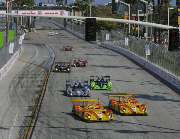 Patrick Long (USA) Penske Racing Porsche RS Spyder heads the LMP2 field. American Le Mans Series, Rd3, Long Beach, USA, 18-19 April 2008.