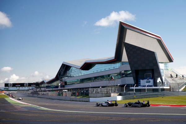 FIA F3 European Championship - Round 1, Race 1. Silverstone, Northamptonshire, UK 10th - 12th April 2015 33 Mahaveer Raghunathan (IND, Motopark, Dallara F312 – Volkswagen), 7 Charles Leclerc (MCO, Van Amersfoort Racing, Dallara F312 – Volkswagen). Copyright Free FOR EDITORIAL USE ONLY. Mandatory Credit: FIA F3. ref: Digital Image FIAF3-1428753403