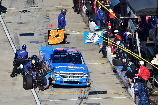 28-29 October, 2016, Martinsville, Virginia USA Spencer Gallagher makes a pit stop. ?2016, John Harrelson / LAT Photo USA