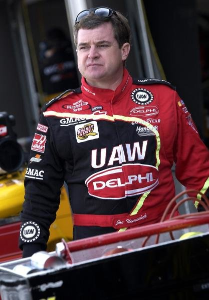 Joe Nemechek (USA) UAW Delphi Chevrolet finished twenty-eighth.NASCAR Winston Cup Series, Pop Secret Microwave Popcorn 400, Rockingham, North Carolina, USA, 3 November 2002.DIGITAL IMAGE