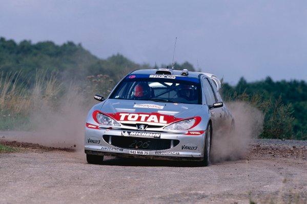 2002 World Rally Championship.ADAC Rallye Deutschland, Trier, Germany. August 22nd - 25th 2002.Richard Burns/Robert Reid (Peugeot 206 WRC), action.Photo: McKlein/LAT Photographicref: 35mm Image A15
