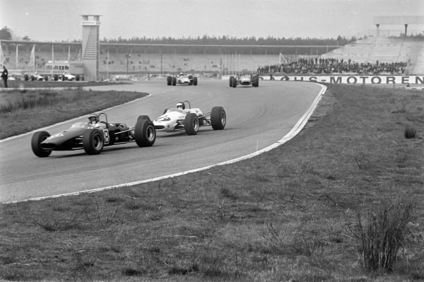 Piers Courage, Brabham BT23C Cosworth, leads Kurt Ahrens Jr, Brabham BT23C Cosworth.
