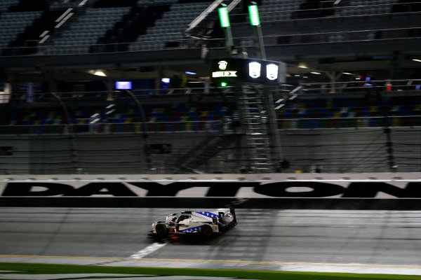 2017 Rolex 24 Hours. Daytona, Florida, USA Sunday 29 January 2017. #81 DragonSpeed ORECA 07: Henrik Hedman, Nicolas Lapierre, Ben Hanley, Loic Duval World Copyright: Alexander Trienitz/LAT Images ref: Digital Image 2017-24h-Daytona-AT1-4797