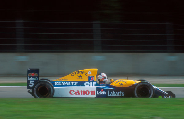 1992 Italian Grand Prix.Monza, Italy.11-13 September 1992.Nigel Mansell (Williams FW14B Renault). He was leading the race comfortably until a hydraulic failure on lap 42.Ref-92 ITA 06.World Copyright - LAT Photographic