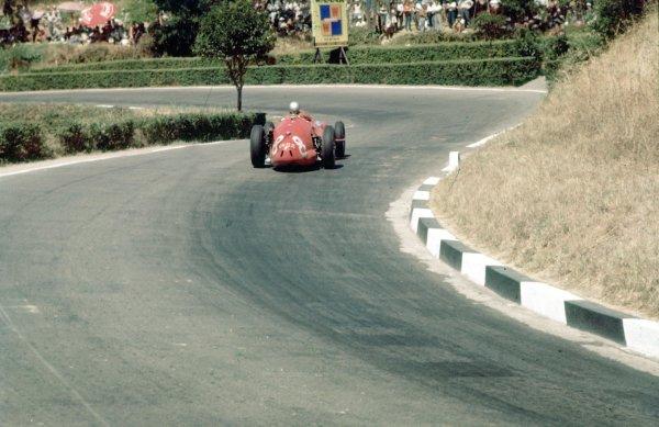 1957 Pescara Grand Prix.Pescara, Italy.16-18 August 1957. Giorgio Scarlatti (Maserati 250F) 6th position.Ref-57 PES 01.World Copyright - LAT Photographic
