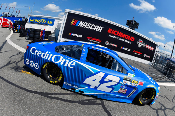 Monster Energy NASCAR Cup Series Toyota Owners 400 Richmond International Raceway, Richmond, VA USA Friday 28 April 2017 Kyle Larson, Chip Ganassi Racing, Credit One Bank Chevrolet SS World Copyright: Nigel Kinrade LAT Images ref: Digital Image 17RIC1nk00431