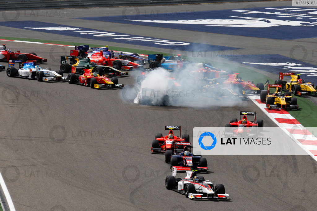 Bahrain International Circuit, Sakhir, Bahrain. 28th April. Saturday Race.Tom Dillmann (FRA, Rapax) leads the field through turn one on the opening lap of the race. Action. World Copyright: Alastair Staley/GP2 Media Service. Ref: Digital Image _O9T1574.jpg