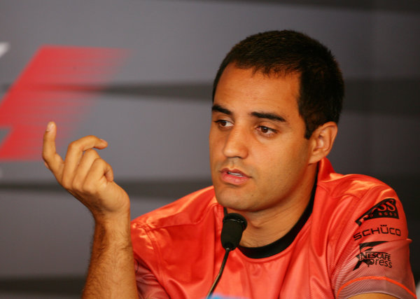 2005 United States Grand Prix - Thursday PreviewIndianapolis, USA. 16th June 2005 Juan Pablo Montoya in the press conference. World Copyright: Steve Etherington/LAT Photographic ref: 48mb Hi Res Digital Image