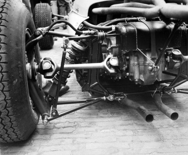 1965 Dutch Grand Prix.Zandvoort, Holland. 18 July 1965.Technical detail.World Copyright: LAT PhotographicRef: Autocar b&w print
