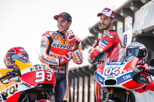 2017 MotoGP Championship - Round 18 Valencia, Spain  Thursday 9 November 2017 Marc Marquez, Repsol Honda Team, Andrea Dovizioso, Ducati Team  World Copyright: Alexander Trienitz/LAT Images ref: Digital Image 704395
