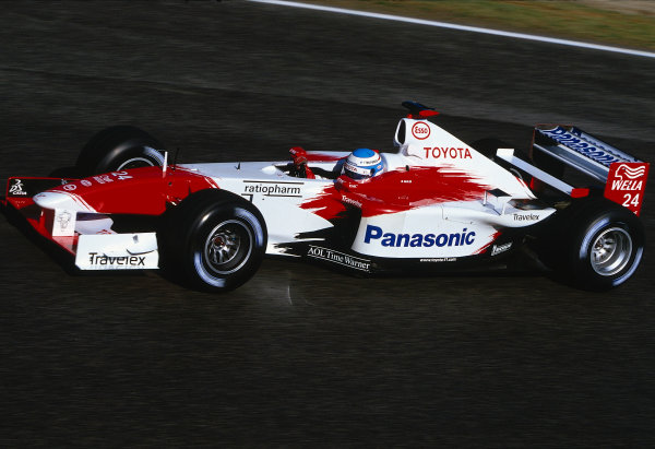 2002 San Marino Grand Prix.Imola, Italy.12-14 April 2002.Mika Salo (Toyota TF102).Ref-02 SM 04.World Copyright - LAT Photographic