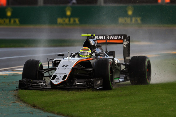 Sergio Perez (MEX) Force India VJM09 runs wide at Formula One World Championship, Rd1, Australian Grand Prix, Practice, Albert Park, Melbourne, Australia, Friday 18 March 2016.