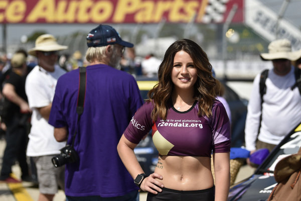Grid Girl ,Grid Walk
