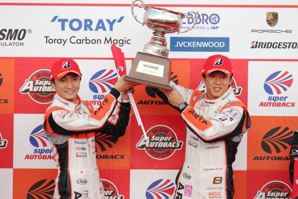2018 SUPER GT Rd8 MOTEGI 250km / GT500 Winner Tomoki Nojiri & Takuya Izawa ( #8  ARTA NSX-GT ) podium portrait / Photo by Yasushi Ishihara