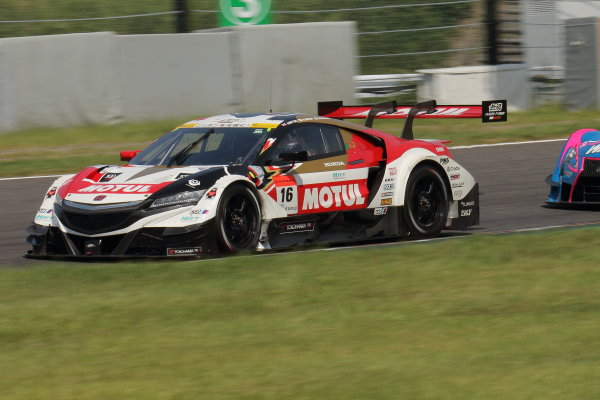 2017 Japanese Super GT Series. Suzuka, Japan. 26th - 27th August 2017. Rd 6. GT500 12th position Jenson Button ( #16 MOTUL MUGEN NSX-GT ) action World Copyright: Yasushi Ishihara / LAT Images. Ref: 2017SGT_Rd6_JB_008