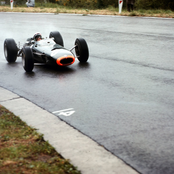 Spa-Francorchamps, Belgium.11-13 June 1965.Jackie Stewart (BRM P261) 2nd position.Ref-3/1695.World Copyright - LAT Photographic