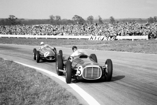 1954 Glover Trophy.Goodwood, West Sussex, Great Britain. 19 April 1954.Ken Wharton, BRM P15 Mk1, 1st position, leads Roy Salvadori, Maserati 250F, action.World Copyright: LAT PhotographicRef: 163 #33