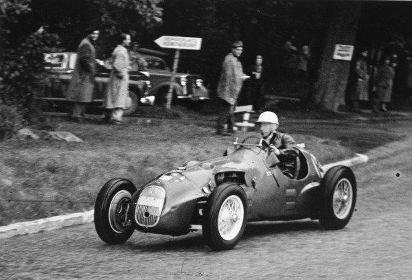 1951 Swiss Grand Prix.Bremgarten, Berne, Switzerland. 27 May 1951.Stirling Moss (HWM-Alta). Ref-C29184.World Copyright - LAT Photographic