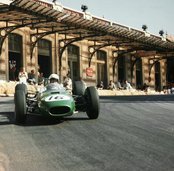 Monte Carlo, Monaco.7-10 May 1964.Bob Anderson (Brabham BT11 Climax).Ref-3/1222.World Copyright - LAT Photographic