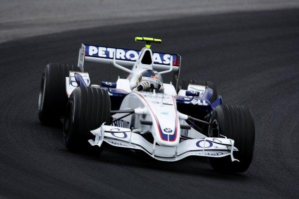 2006 Brazilian Grand Prix - Friday Practice Interlagos, Sao Paulo, Brazil. 19th - 22nd October 2006. Sebastian Vettel, Sauber F1.06-BMW, action. World Copyright: Charles Coates/LAT Photographic ref: Digital Image ZK5Y8942