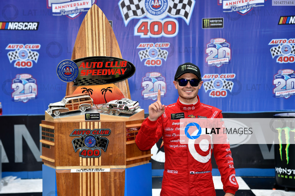 2017 Monster Energy NASCAR Cup Series Auto Club 400 Auto Club Speedway, Fontana, CA USA Sunday 26 March 2017Michael  Kyle Larson World Copyright: Rusty Jarrett/LAT Images ref: Digital Image 17FONrj_5551