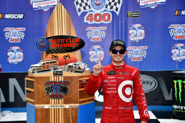 2017 Monster Energy NASCAR Cup Series Auto Club 400 Auto Club Speedway, Fontana, CA USA Sunday 26 March 2017Michael  Kyle Larson World Copyright: Rusty Jarrett/LAT Images ref: Digital Image 17FONrj_5551