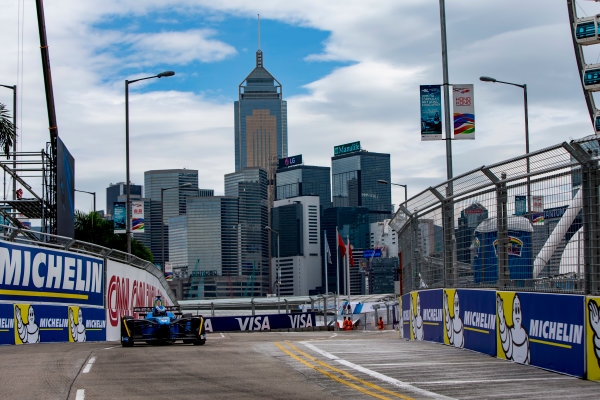 2016/2017 FIA Formula E Championship. Hong Kong ePrix, Hong Kong, China. Sunday 9 October 2016. Nicolas Prost (FRA), Renault e.Dams, Spark-Renault, Renault Z.E 16.  Photo: Zak Mauger/LAT/Formula E ref: Digital Image _X0W2191