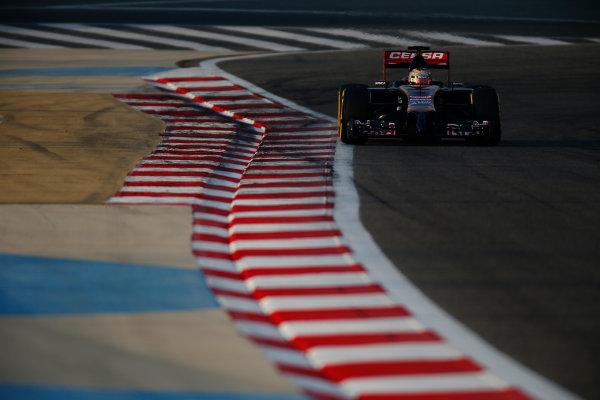 2014 F1 Pre Season Test 2 - Day 3 Bahrain International Circuit, Bahrain. Saturday 22 February 2014. Jean-Eric Vergne, Toro Rosso STR9 Renault. World Copyright: Glenn Dunbar/LAT Photographic. ref: Digital Image _W2Q4522