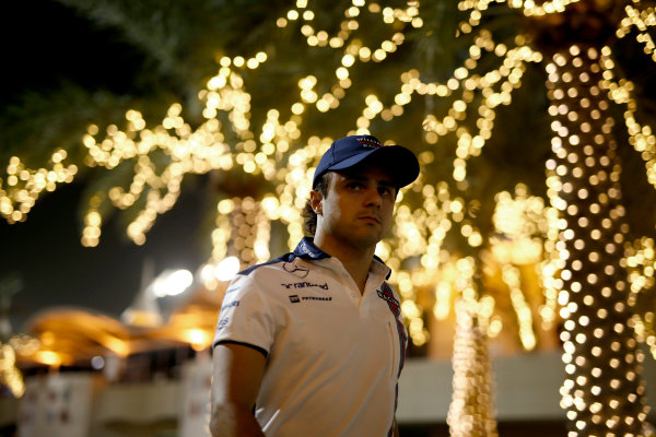 Bahrain International Circuit, Sakhir, Bahrain. Friday 17 April 2015. Felipe Massa, Williams F1. World Copyright: Glenn Dunbar/LAT Photographic. ref: Digital Image _W2Q7290